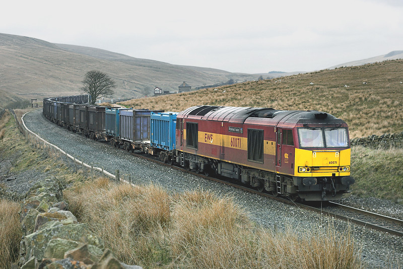 60071 Blea Moor 20/4/2006<br /> 6E13 1240 Newbiggin-Milford Sidings