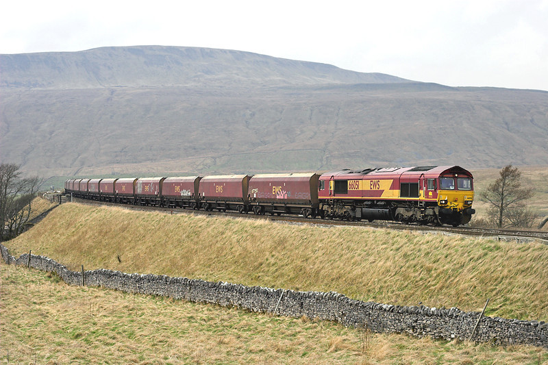 66051 Ribblehead 20/4/2006<br /> 6E87 1025 New Cumnock-Ratcliffe PS
