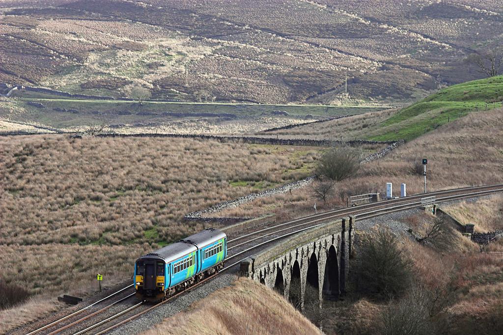 156472 Lunds Viaduct 21/1/2006<br /> 2H88 1249 Leeds-Carlisle