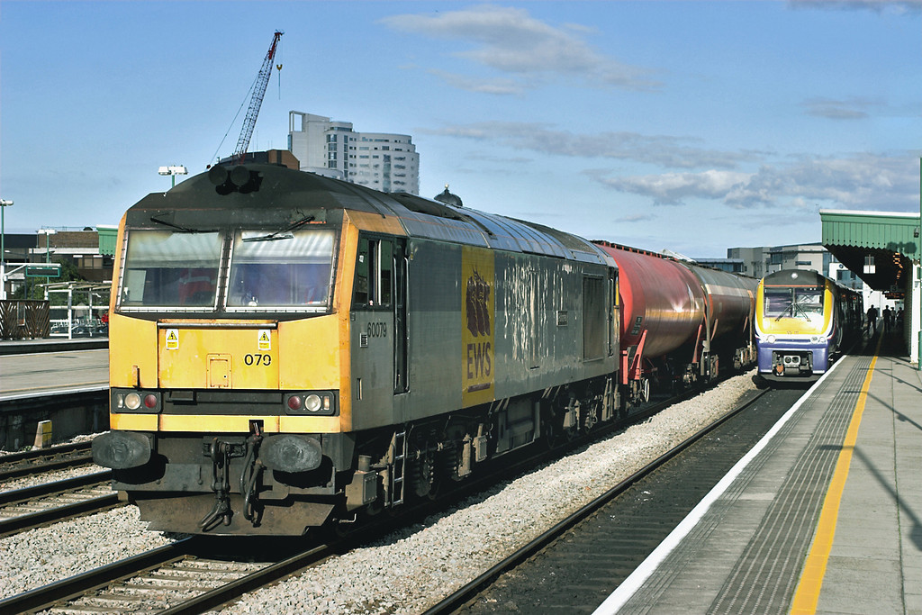 60079 Cardiff Central 21/8/2006<br /> 6B33 1330 Theale-Robeston