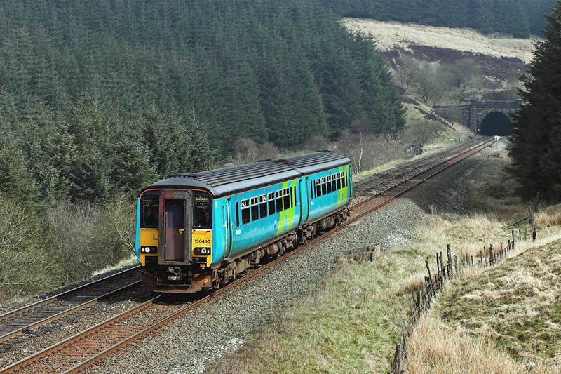 156490 Rise Hill 22/4/2006<br /> 2H85 0927 Carlisle-Leeds