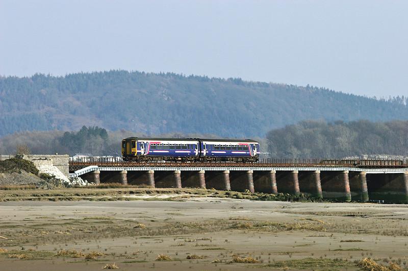156466 Leven Viaduct 23/3/2006<br /> 2C47 1405 Lancaster-Sellafield