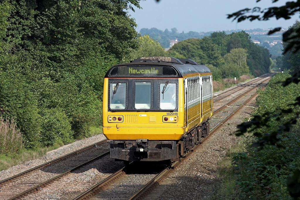 142046 Wylam 23/9/2006<br /> 2N35 1332 Middlesborough-Hexham