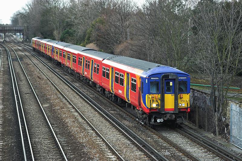 5714 and 5740, Barnes 24/3/2006<br /> 2K33 1327 London Waterloo-London Waterloo <br /> (via Kingston and Richmond)