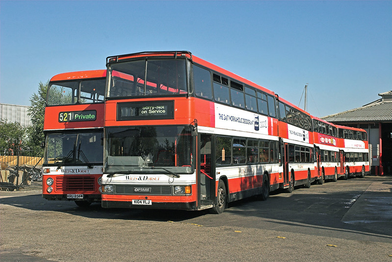 3104 K104VLJ and 4456 KRU856W, Lymington 24/7/2006
