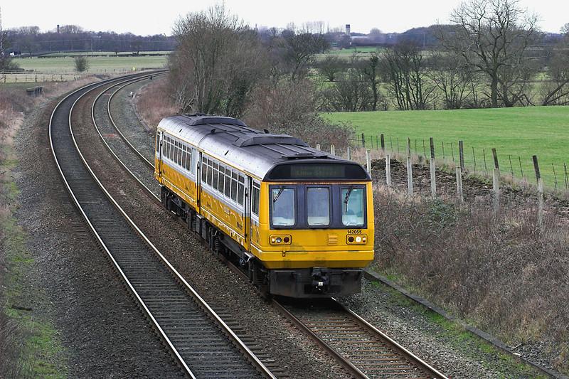 142055 Lea 26/1/2006<br /> 2F53 1225 Blackpool North-Liverpool Lime Street