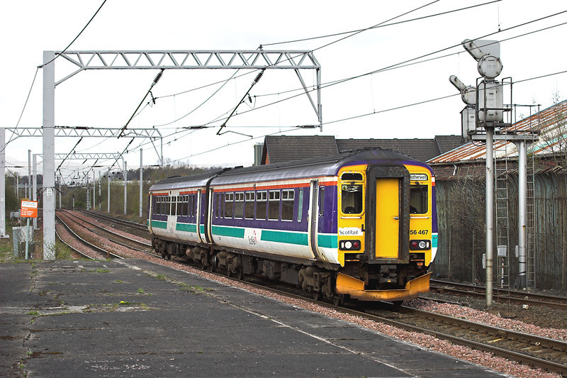 156467 Coatbridge Central 26/4/2006<br /> 2D68 1410 Cumbernauld-Motherwell