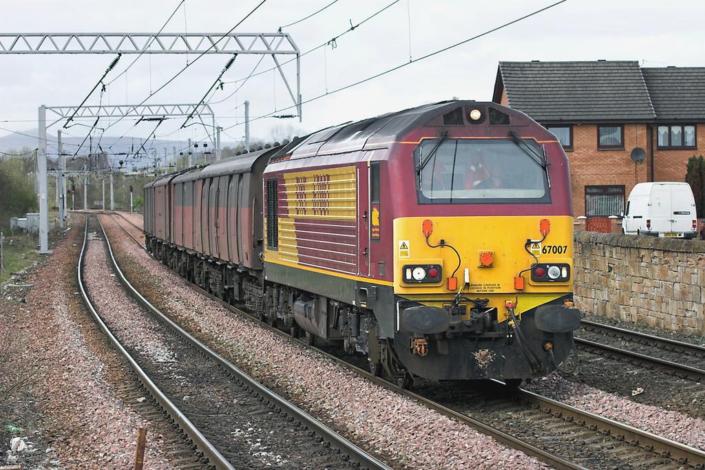 67007 Coatbridge Central 26/4/2006<br /> 4D05 1137 Inverness Yard-Mossend Down Yard