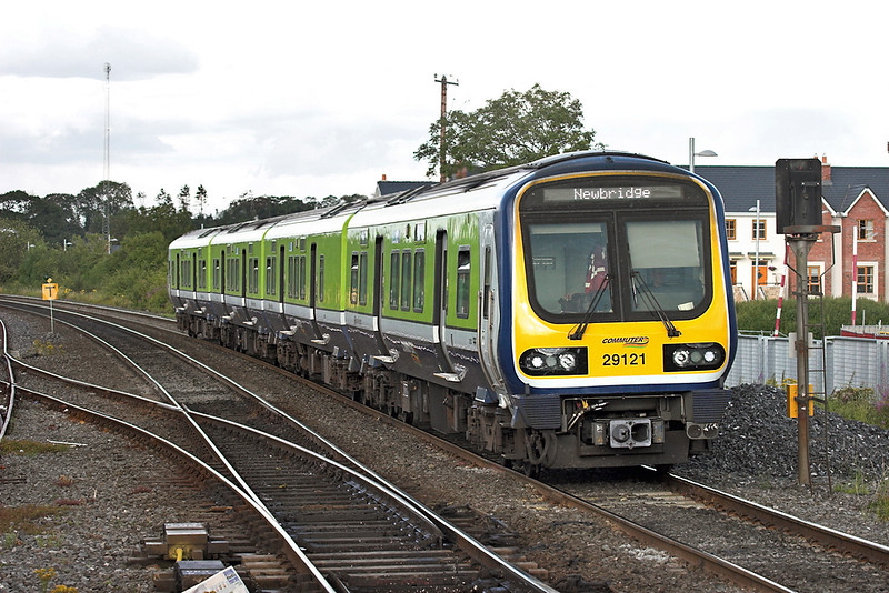 29121 Sallins and Naas 26/7/2006<br /> 1805 Dublin Heuston-Newbridge