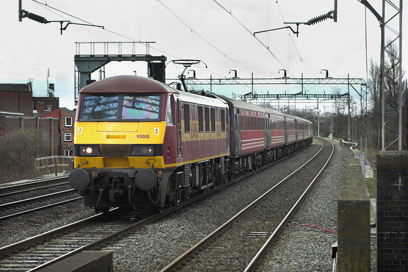 90018 Levenshulme 27/3/2006<br /> 1H00 1248 Birmingham New Street-Manchester Piccadilly