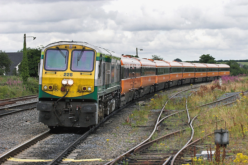 228 Portarlington 28/7/2006<br /> 1705 Dublin Heuston-Limerick