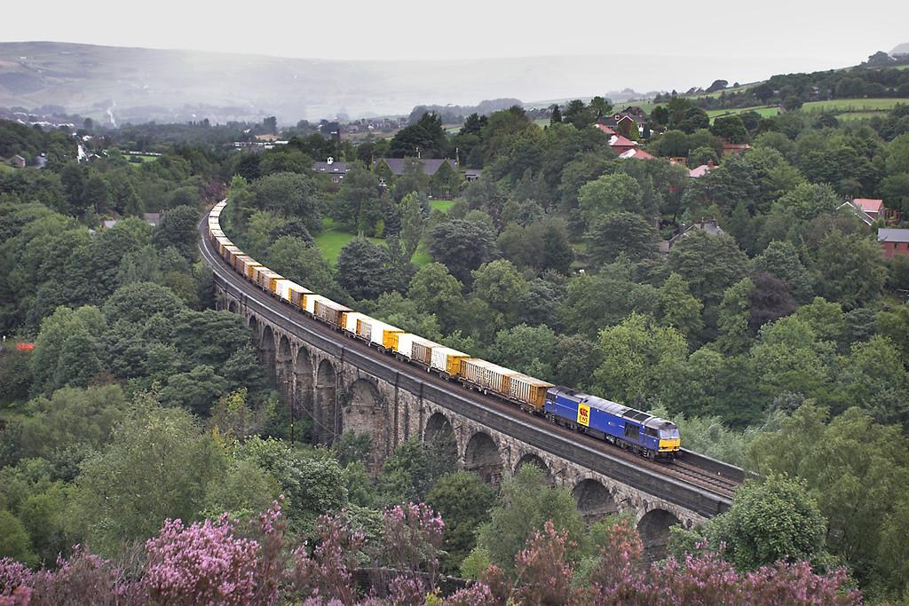 60044 Saddleworth Viaduct 29/8/2006<br /> 6M05 0930 Roxby Gullet-Northenden