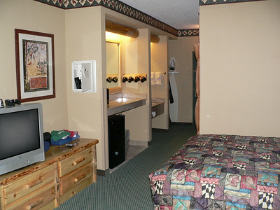 Picture of suite from one end.