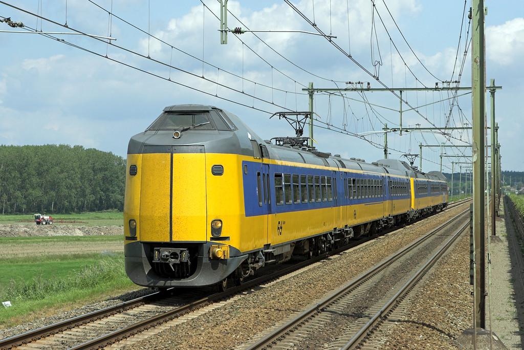 4031 and 4083, Arnhem Zuid 4/6/2007<br /> 3741 1050 Zwolle-Nijmegen