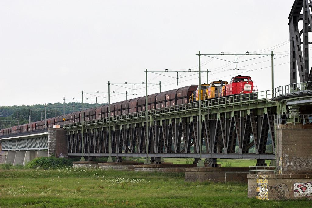 6498, 6483 and 6485, Arnhem Spoorbrug 4/6/2007