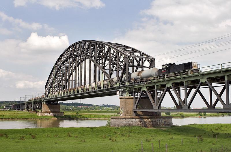 500 1571, Arnhem Spoorbrug 4/6/2007