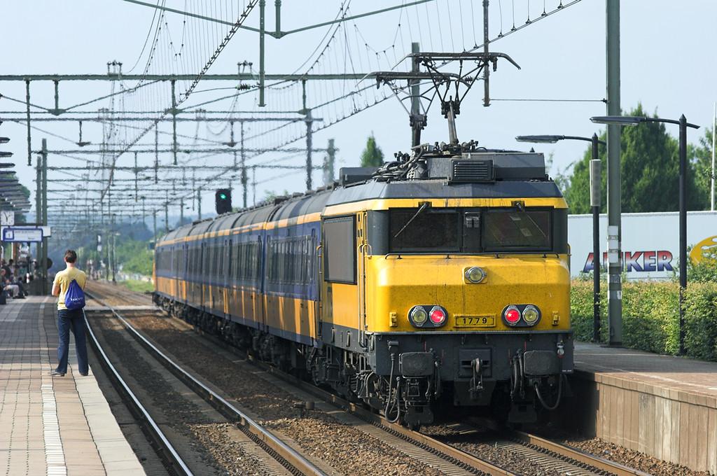 1779 Elst 4/6/2007<br /> 3658 1551 Roosendaal-Arnhem