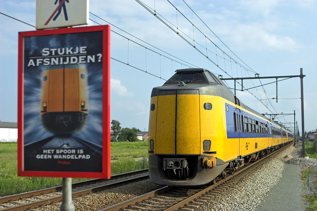 4083 and 4031, Elst 4/6/2007<br /> 3765 1650 Zwolle-Nijmegen