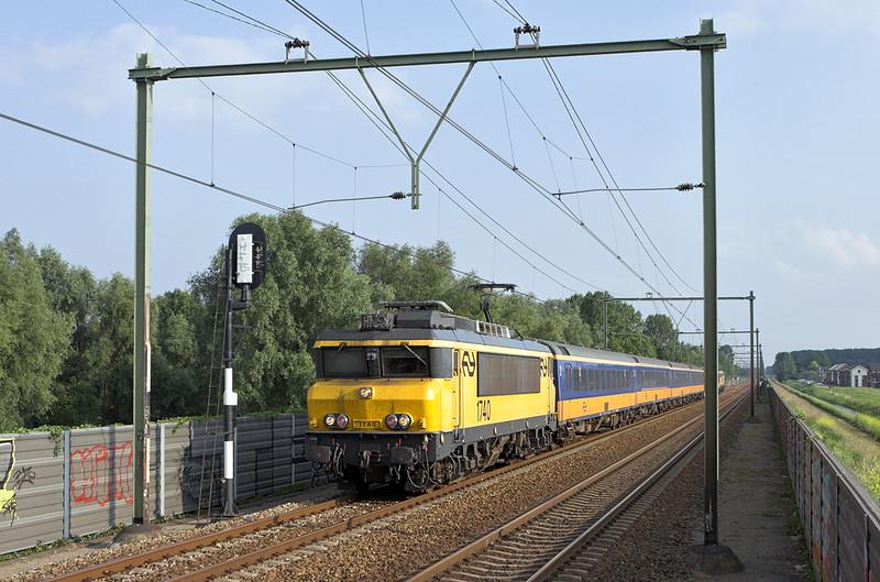 1740 Arnhem Zuid 4/6/2007<br /> 3664 1721 Roosendaal-Arnhem