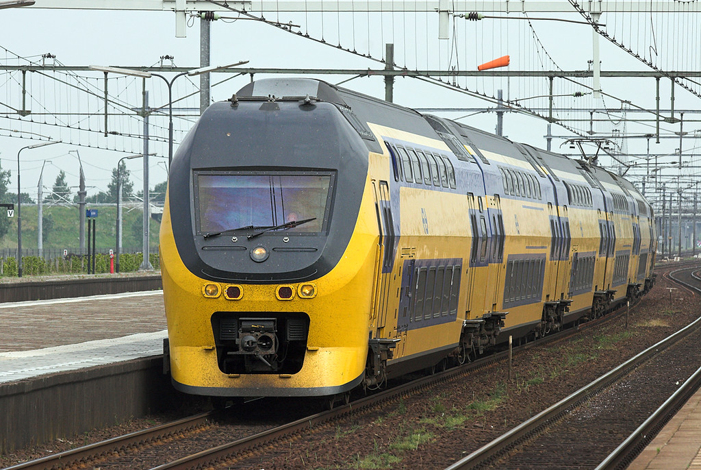 8624 Lage Zwaluwe 5/6/2007<br /> 1935 0951 Den Haag Centraal-Venlo