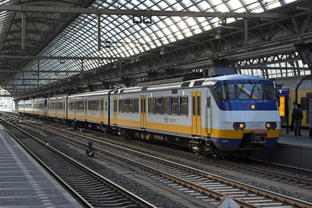 2979 Amsterdam Centraal 5/6/2007<br /> 5873 2010 Amsterdam Centraal-Amersfoort