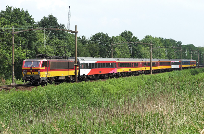 1184 Dordrecht Zuid 5/6/2007<br /> IC610 1040 Bruxelles Midi-Amsterdaam Centraal