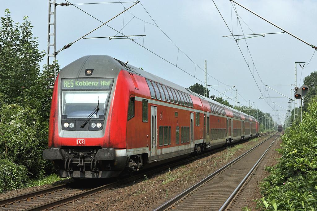 146017 (On rear), Voerde 6/6/2007<br /> RE11115 1045 Emmerich-Koblenz