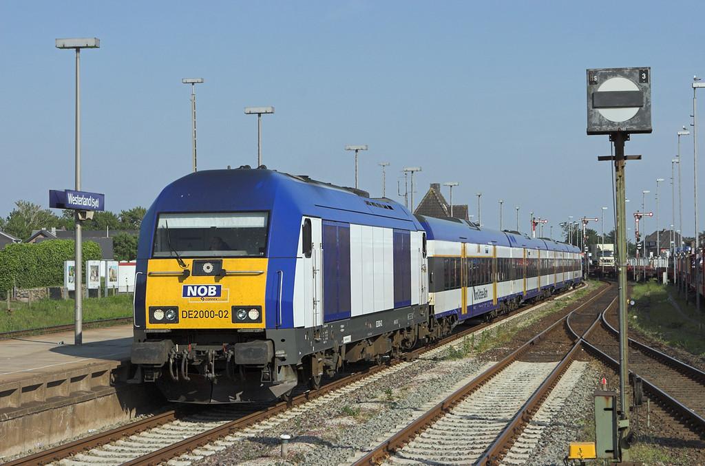 DE2000-02 Westerland 7/6/2007<br /> NOB80610 1717 Niebüll-Westerland