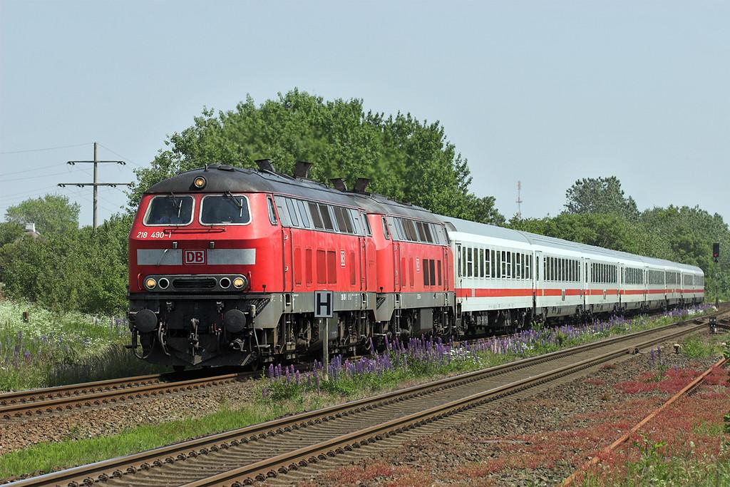 218490 and 218158, Morsum 7/6/2007<br /> IC2072 0609 Dresden Hbf-Westerland