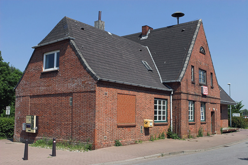 Morsum Bahnhof, Germany 7/6/2007