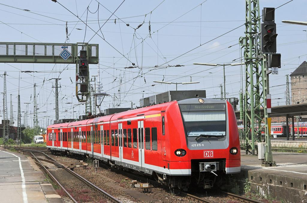 425815 Bremen Hbf 9/6/2007<br /> RE14679 1248 Nordenham-Bremen Hbf