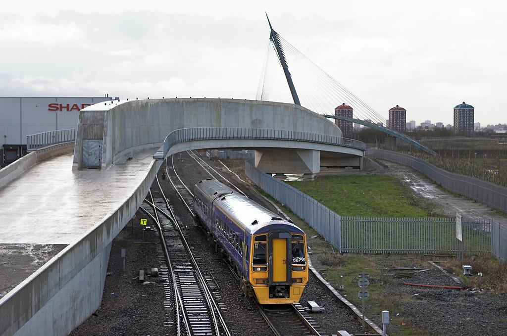 158756 Thorpes Bridge Junction 10/1/2007<br /> 2E21 1054 Manchester Victoria-Leeds