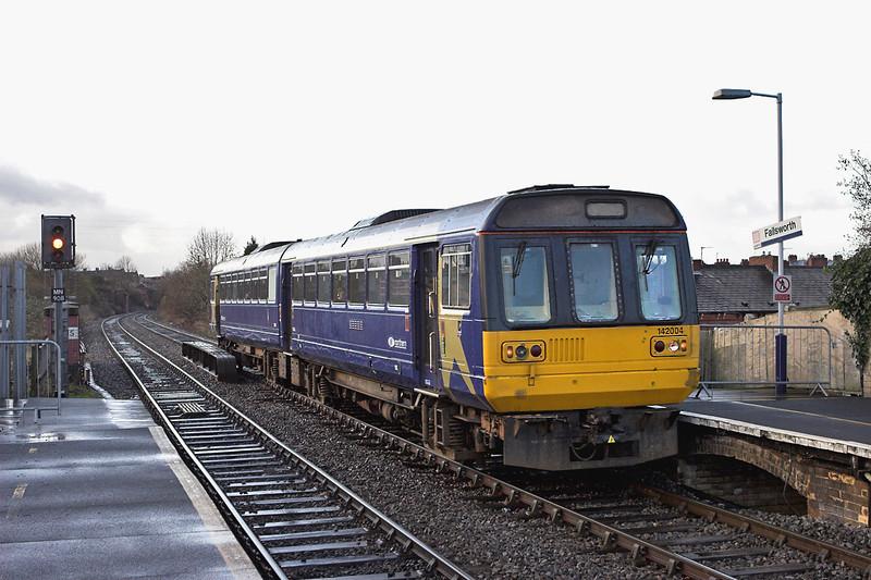 142004 Failsworth 10/1/2007<br /> 2J98 1130 Manchester Victoria-Rochdale