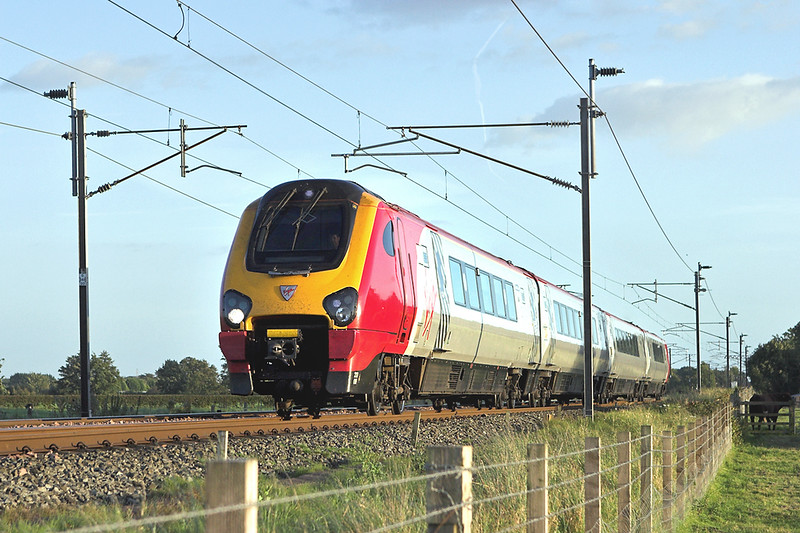 220008 Brock 10/9/2007<br /> 1S81 1758 Manchester Piccadilly-Edinburgh