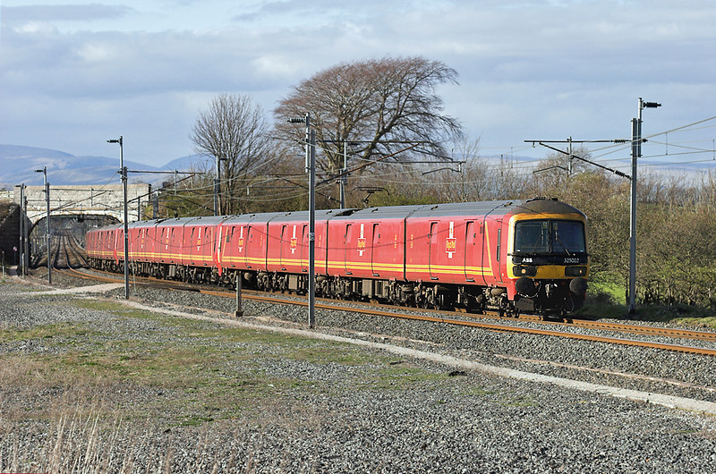 325002, 325004 and 325005, Elmsfield 11/4/2007<br /> 1M44 1531 Shieldmuir-Warrington RMT
