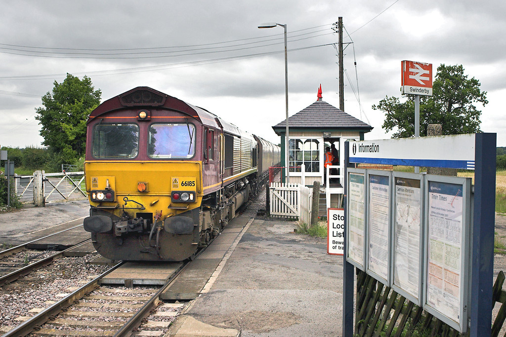 66185 Swinderby 11/7/2007<br /> 6Z78 0600 Immingham Docks-Ironbridge PS