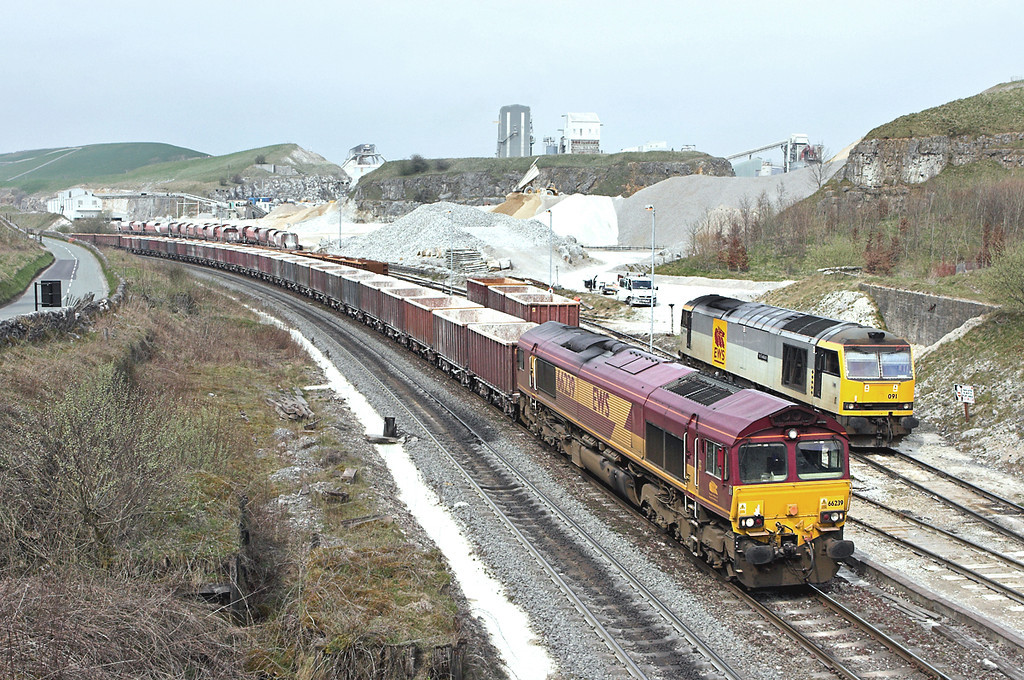 66239 and 60091, Peak Forest 12/4/2007<br /> 66239: 6H57 1230 Ashburys-Dowlow