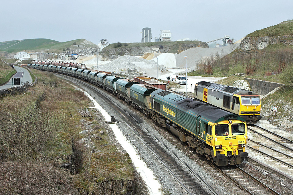 66523 and 60091, Peak Forest 12/4/2007<br /> 6M44 1130 Cottam PS-Dowlow