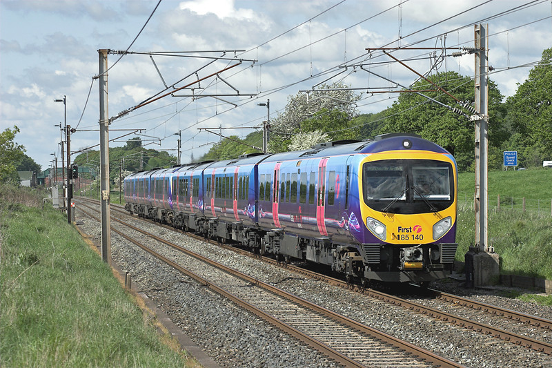 185140 and 185150, Woodacre 14/5/2007<br /> 1H58 1420 Barrow in Furness-Manchester Airport