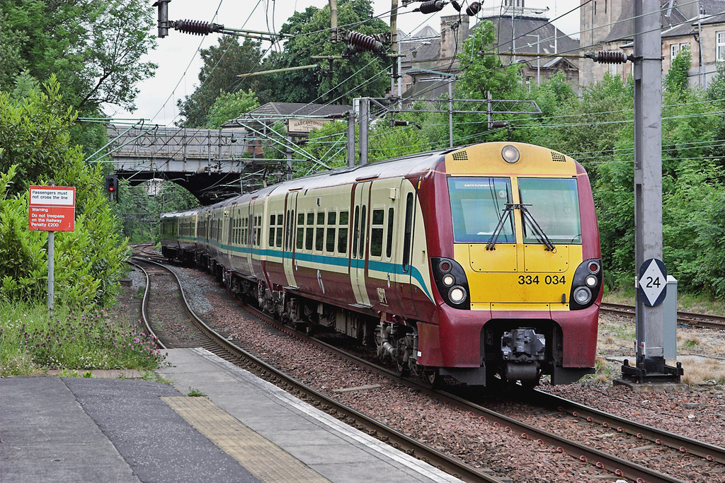 334034 and 334010, Motherwell 14/6/2007<br /> 2F32 0912 Milngavie-Motherwell