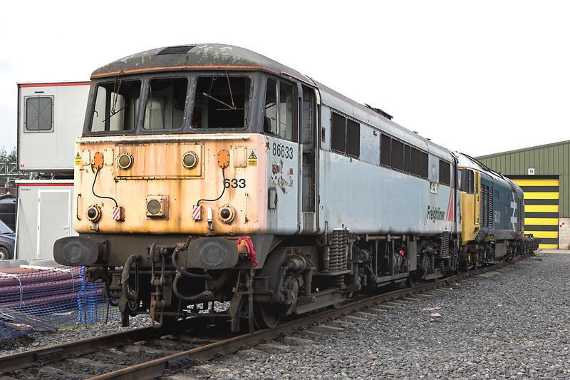 86633 and 50031, Crewe 15/10/2007