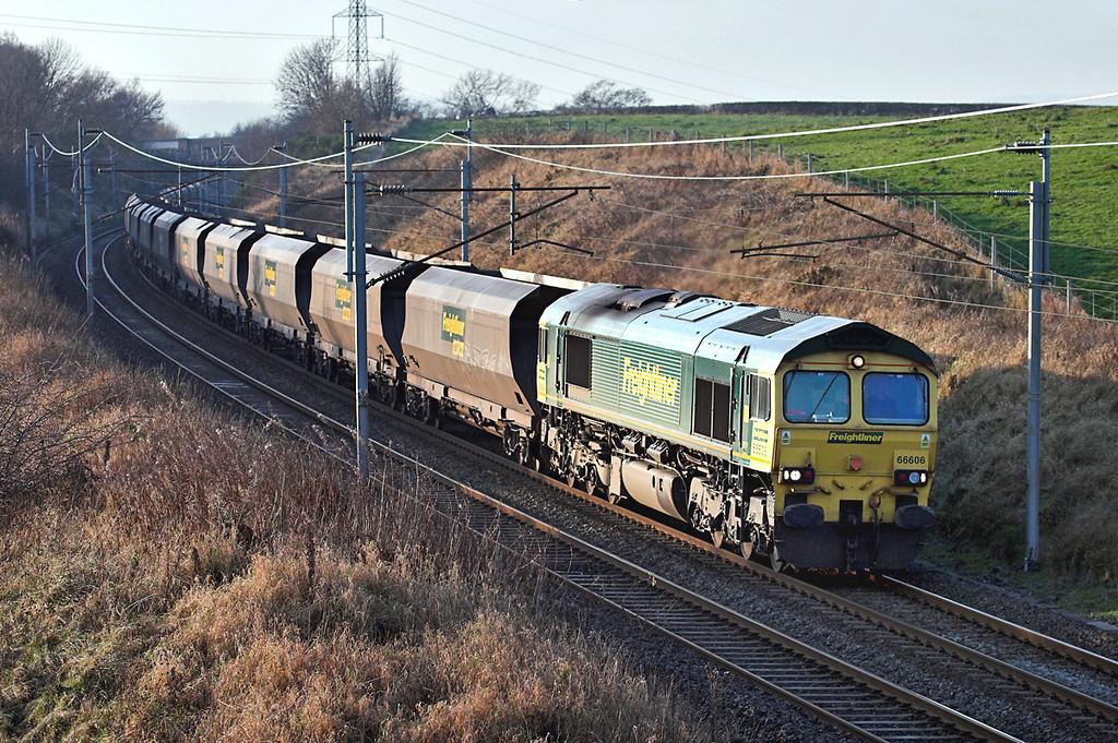 66606 Docker 15/11/2007<br /> 4Z78 0825 Rugeley PS-Ravenstruther