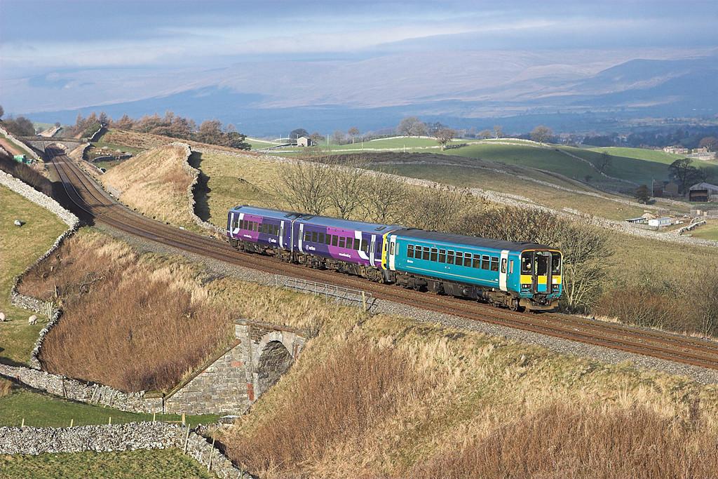 153304 and 158849 Birkett 17/12/2007<br /> 2H89 1151 Carlisle-Leeds