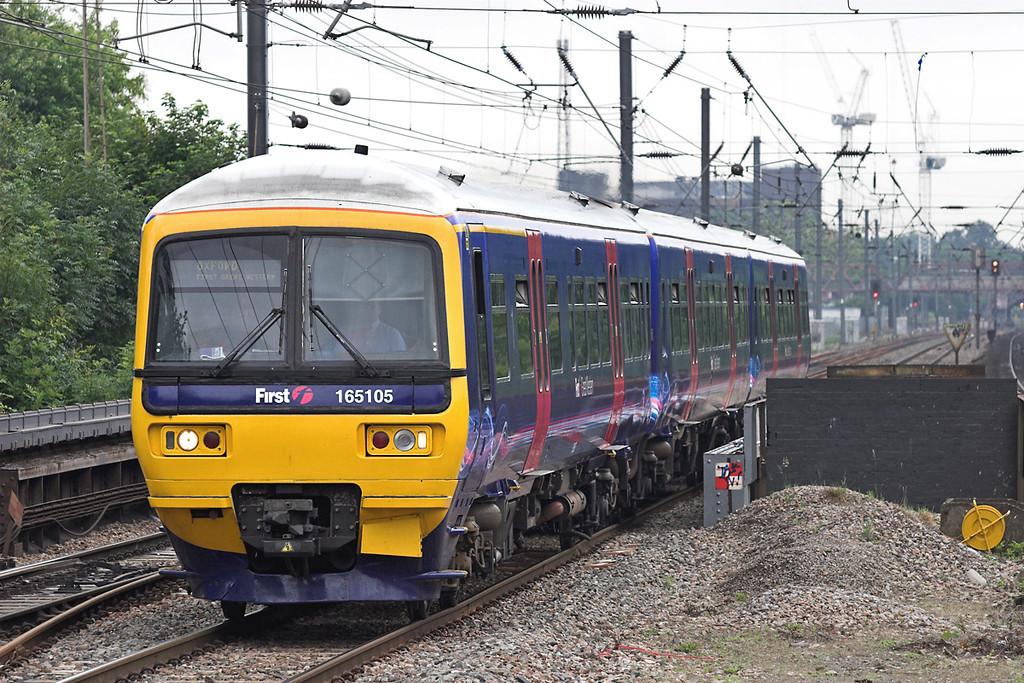 165105 Hanwell 18/6/2007<br /> 2N28 1030 London Paddington-Oxford