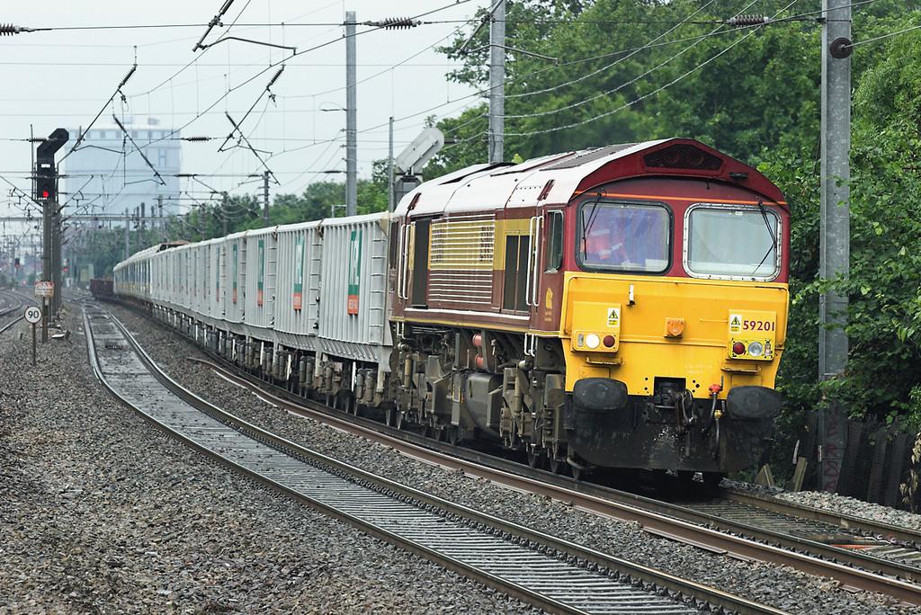 59201 Hanwell 18/6/2007<br /> 7A09 0712 Merehead-Acton Yard