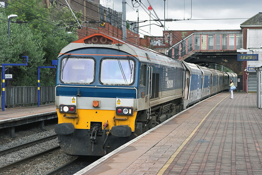 59101 West Ealing 18/6/2007<br /> 7A19 1322 Acton Yard-Brentford