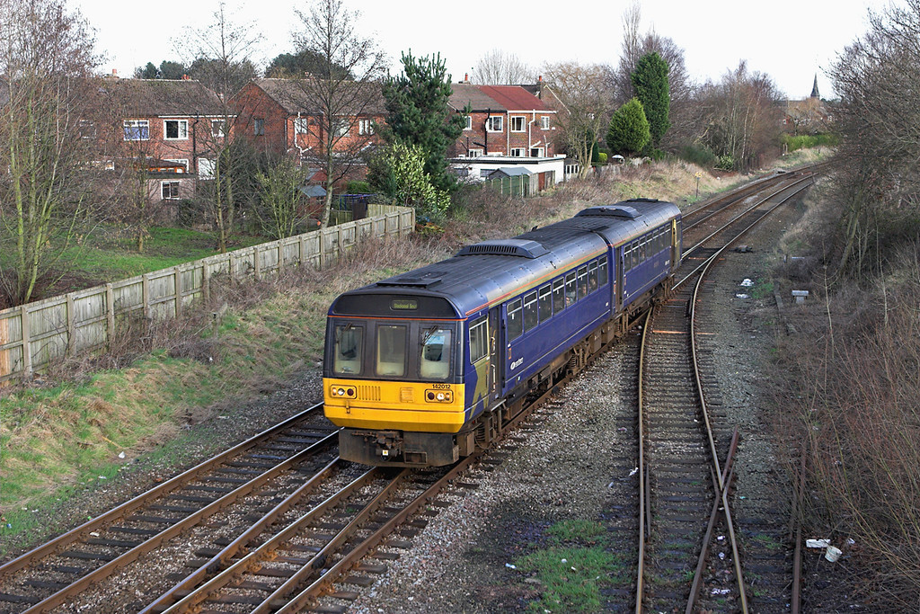 142012 Lostock Hall 20/1/2007<br /> 2N17 1200 Colne-Blackpool South