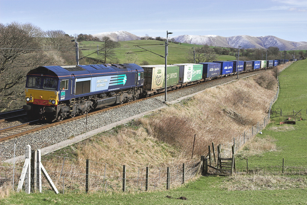 66407 Beck House 21/3/2007<br /> 4M44 0821 Mossend-Daventry