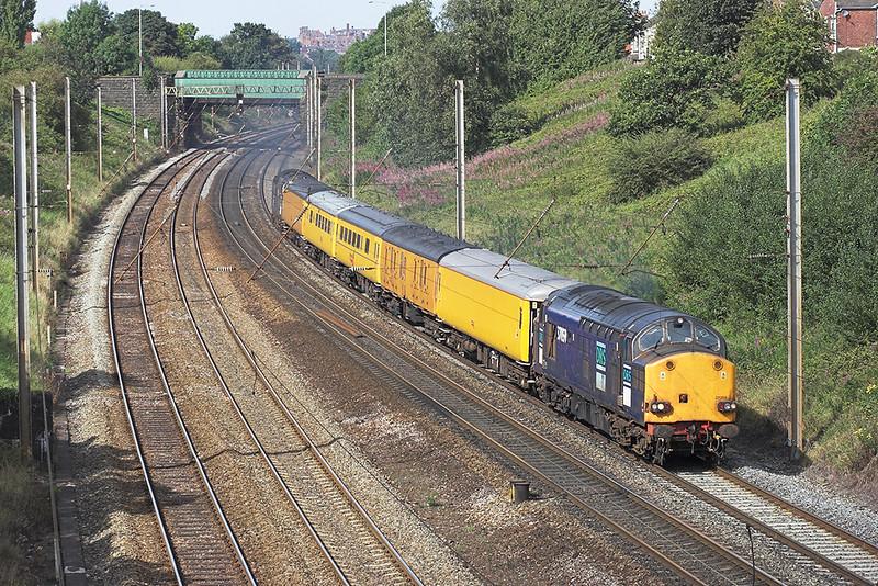 37059 and 37069, Penwortham 29/8/2007<br /> 1Q92 0651 Crewe-Crewe (via Glasgow Central)