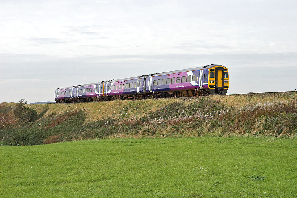 158753 and 158756, Weeton 30/9/2007<br /> 5T03 1658 Blackpool North-Preston